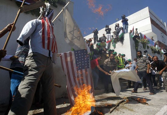 """الخرطوم ترفض حماية """"المارينز"""" للسفارة الامريكية"""