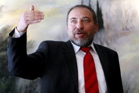 ليبرمان: إسرائيل لن تغير حرفا واحدا في اتفاقية السلام مع مصر