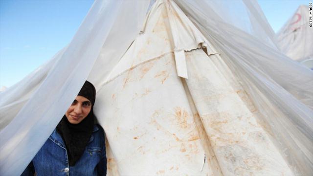 """""""لاجئات لا سبايا"""".. شعار ترفعه السوريات في الأردن"""
