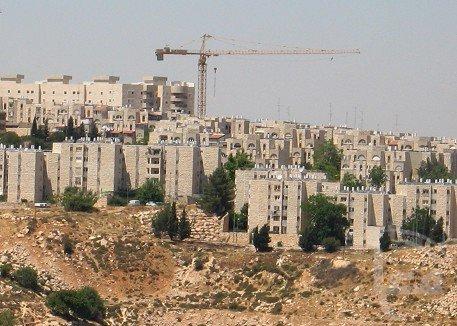 اسرائيل تصادق على خطة لبناء 800 وحدة استيطانية بمستوطنة جيلو