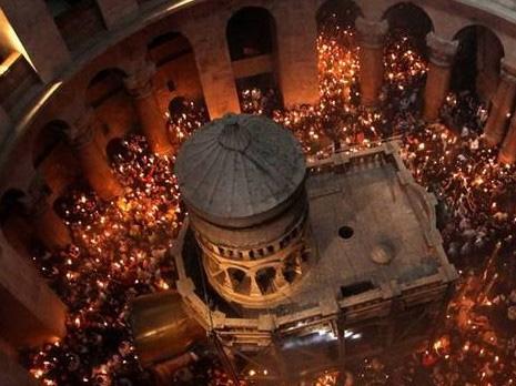 كنيسة القيامة تهدد بإغلاق أبوابها