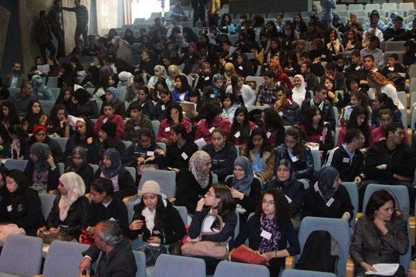 """مسابقة """"وخير جليس"""": يوم تنافسيّ حافل بالأدب الفلسطينيّ والشعر العربيّ"""