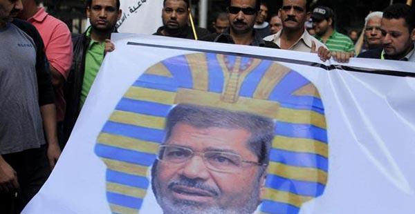 مفوضة الأمم المتحدة: الإعلان الدستوري الذي أصدره مرسي ينتهك حقوق الانسان