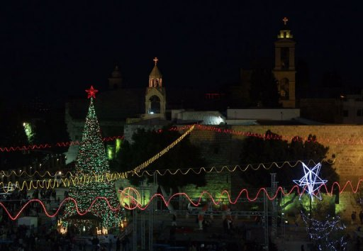 الرئيس عباس يصل بيت لحم للمشاركة في احتفالات الميلاد المجيد
