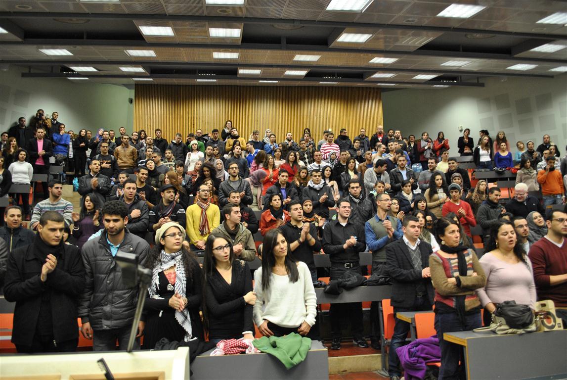 مهرجان انتخابي ضخم للتجمّع في الجامعة العبريّة؛ زحالقة: القوميّة بالنسبة لنا  ضرورة حياة