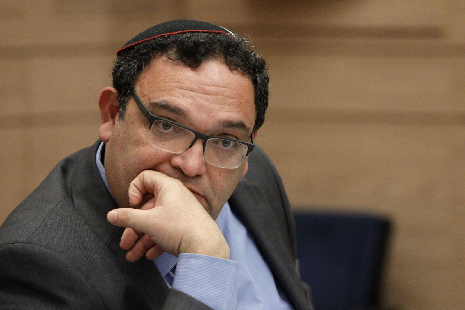 نواب التجمع يلتقون وزير التربية والتعليم ويطرحون قضايا التعليم العربي