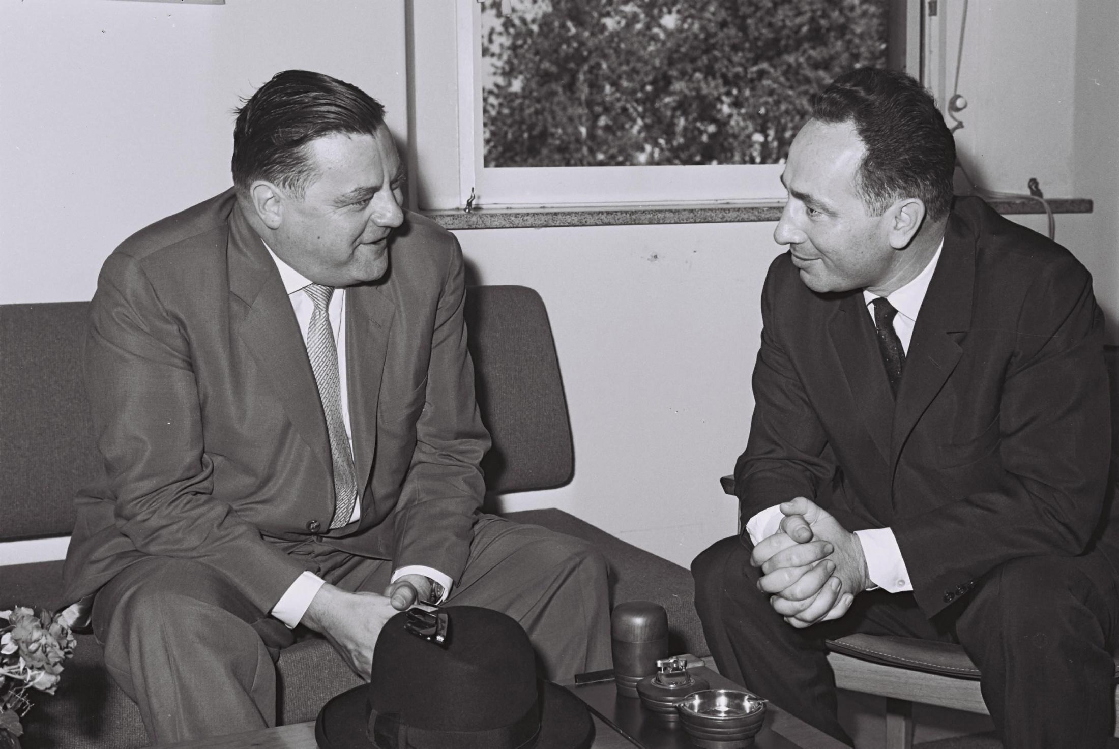 الكشف عن صفقة أسلحة ألمانية لإسرائيل قبل حرب 1967