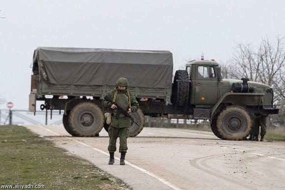 الولايات المتحدة تهدد روسيا بعقوبات؛  متحدث رسمي: روسيا لم تتخذ بعد قراراً باستخدام القوة في أوكرانيا