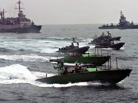 """""""معاريف"""": هد الاستيلاء على السفينة «كشف إيران»"""