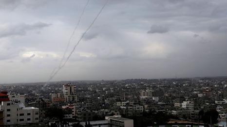 الطيران الحربي الاسرائيلي يشن غارات على مناطق مختلفة في قطاع غزة