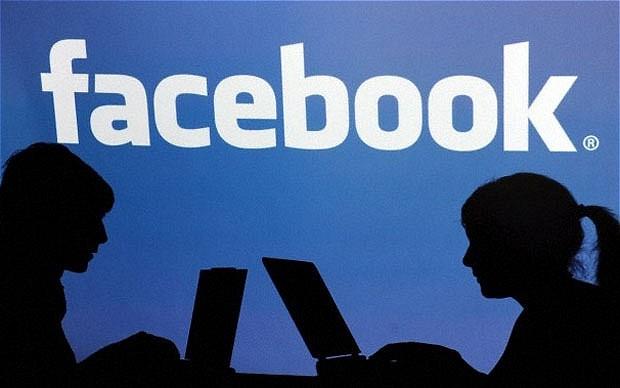"""السلطة الفلسطينية طلبت معلومات من """"فيسبوك"""" عن مستخدمين فلسطينيين"""