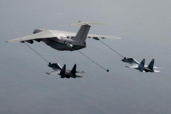 سلاح الطيران الإسرائيلي يزيد من تدريباته على التزود بالوقود في الجو