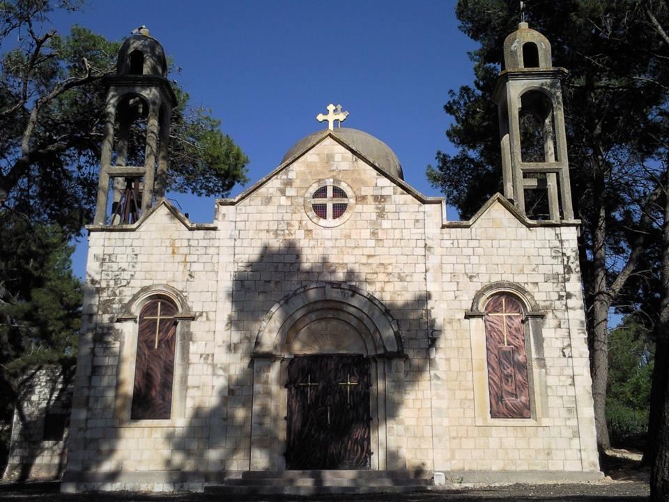 قداس احتفالي في كنيسة قرية معلول المهجرة
