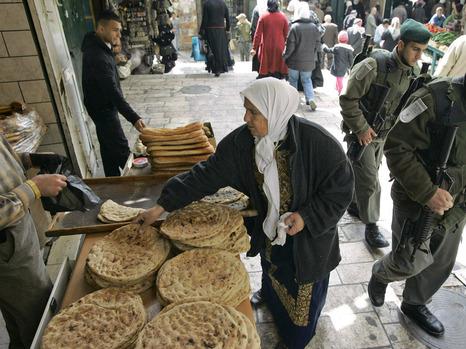 بلدية الاحتلال تطبق قانون الـ«حاميتس» لأول مرة على الأحياء العربية في القدس