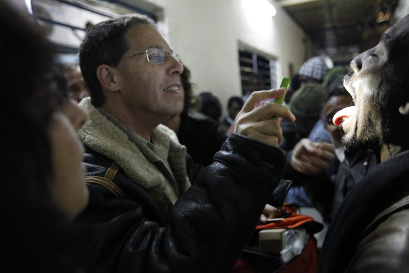 سلطة الضرائب الإسرائيلية تهدد بسحب امتيازات من منظمة أطباء لحقوق الإنسان
