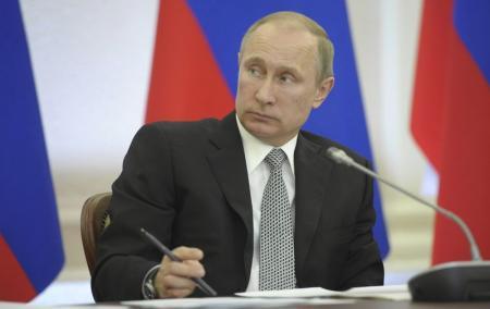 واشنطن تفرض عقوبات على سبعة روس و17 شركة مقربة من بوتين