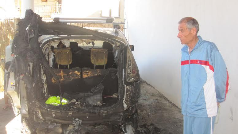 مجد الكروم: إحراق مركبتين لعائلة رئيس رابطة الأسرى الأسير المحرر منير منصور