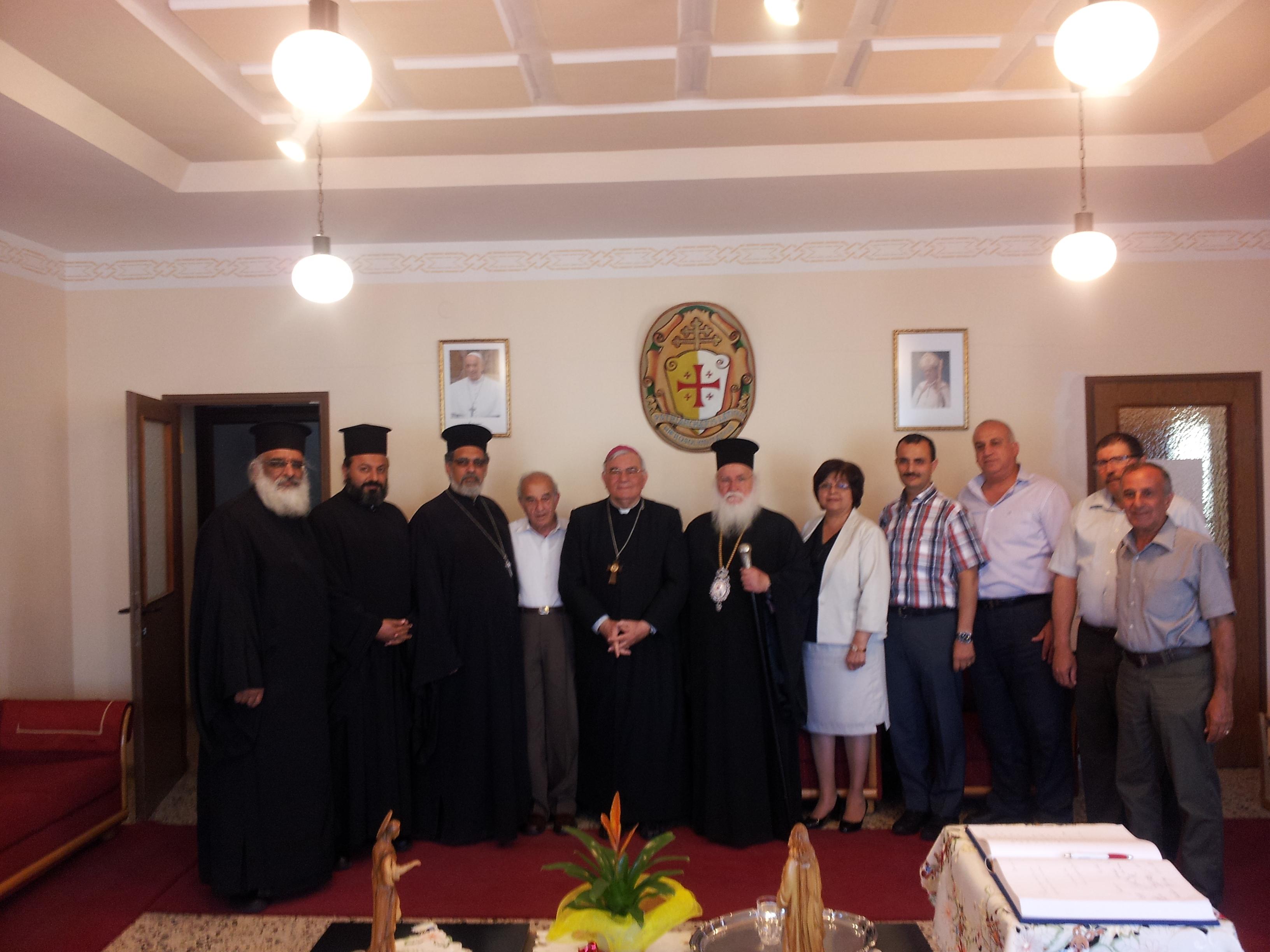 مجلس الطائفة الأرثوذكسية في الناصرة يشجب الاعتداءات العنصرية ويحذر من مؤامرة التجنيد