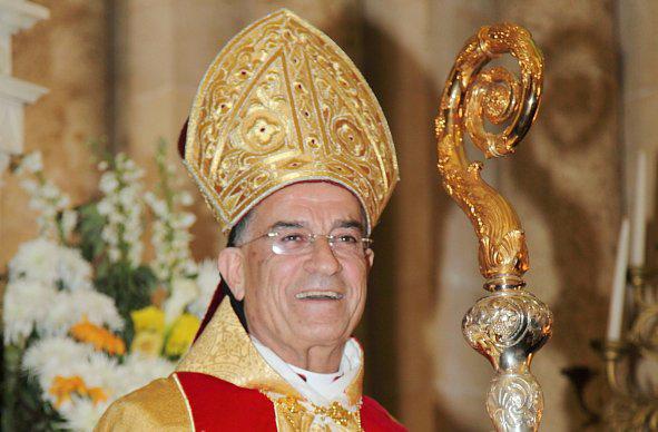 البطريرك اللبناني الراعي يرافق البابا في زيارته إلى البلاد