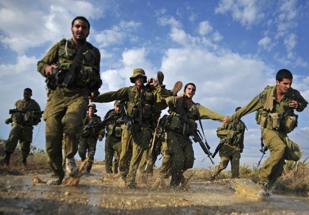 ضابط في جيش الاحتلال: التدريبات العسكرية في الضفة وسيلة تهجير ووقف التوسع الفلسطيني