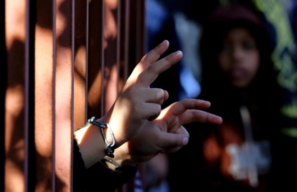 قراقع: تصعيد غير مسبوق ضد الأسرى المضربين عن الطعام