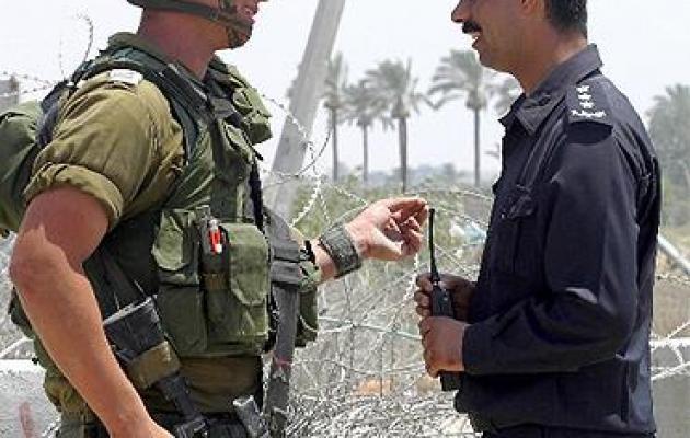 """إعلامي فلسطيني: """"العدو"""" لا يحتاج أكثر مما قاله عباس ككلمة سر لقتل الأسرى وهدم الأقصى"""