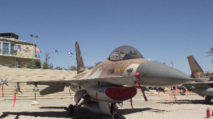 الصراع على ميزانية الأمن الإسرائيلية: وقف تدريبات سلاح الجو