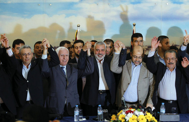 خبراء إسرائيليون يراهنون على فشل المصالحة الفلسطينية
