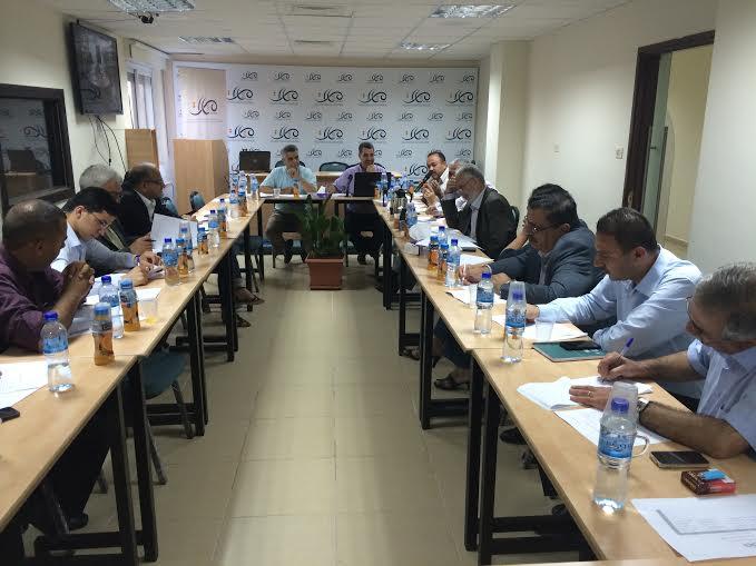 شخصيات سياسية وأمنية تناقش مسودة مشروع قانون مجلس الأمن القومي الفلسطيني