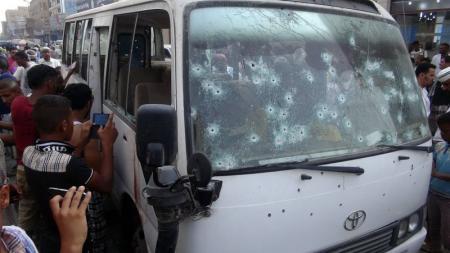 مسلحون يقتلون 7 مسعفين عسكريين في جنوب اليمن