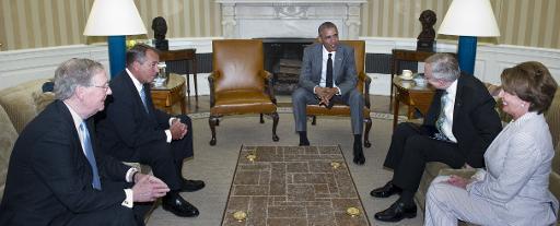 أوباما لا يستبعد اي خيار في شأن العراق؛ وبايدن يتهم حكومة المالكي بالطائفية