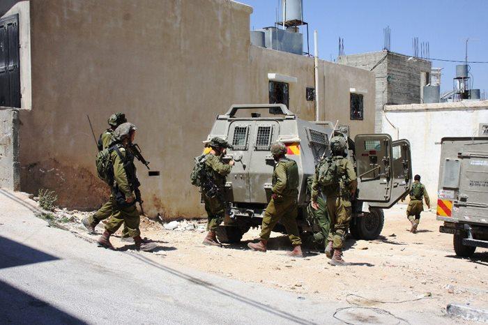"""""""الحملة العسكرية على الضفة الغربية: حملة واحدة وأهداف متناقضة"""""""