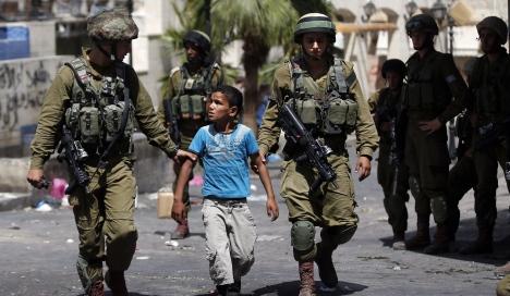 معلق إسرائيلي يلمح إلى إفلاس الحملة الإسرائيلية ويشكك بوجود معلومات استخبارية ذات قيمة