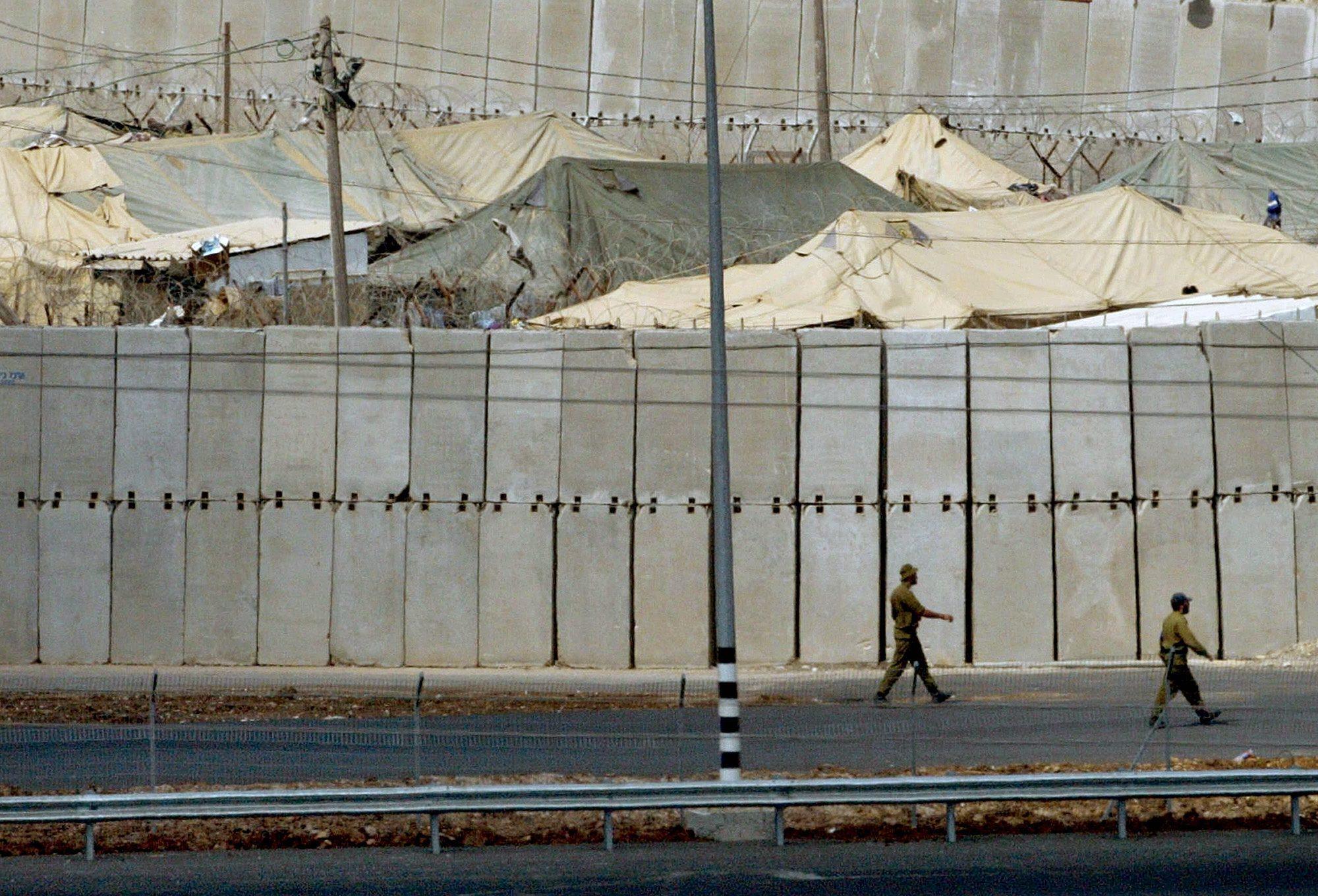 سلطات الاحتلال تقدم طلبات لإعادة حبس 8 محرري صفقة الوفاء للأحرار
