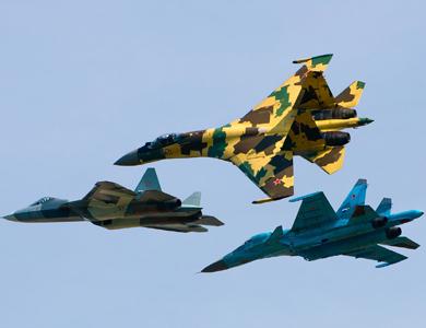 العراق يتسلم خمس طائرات سوخوي روسية الصنع
