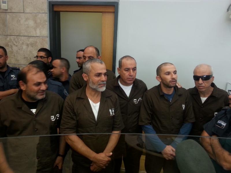 لجنة إسرائيلية خاصة تقرر إعادة حبس 6 مقدسيين من محرري الصفقة حتى انتهاء محكومياتهم