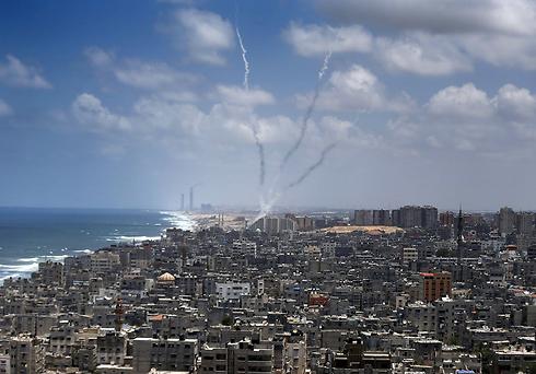 """""""يديعوت"""": قوات إسرائيل تعمل في قطاع غزة منذ 9 أيام"""