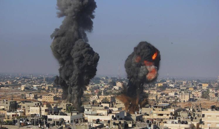 شهداء وعشرات الإصابات في قطاع غزة: الاحتلال يكثف القصف الجوي والمدفعي