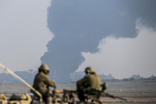 """الجيش الإسرائيلي يقصف مستشفى """"الوفاء"""" في غزة"""
