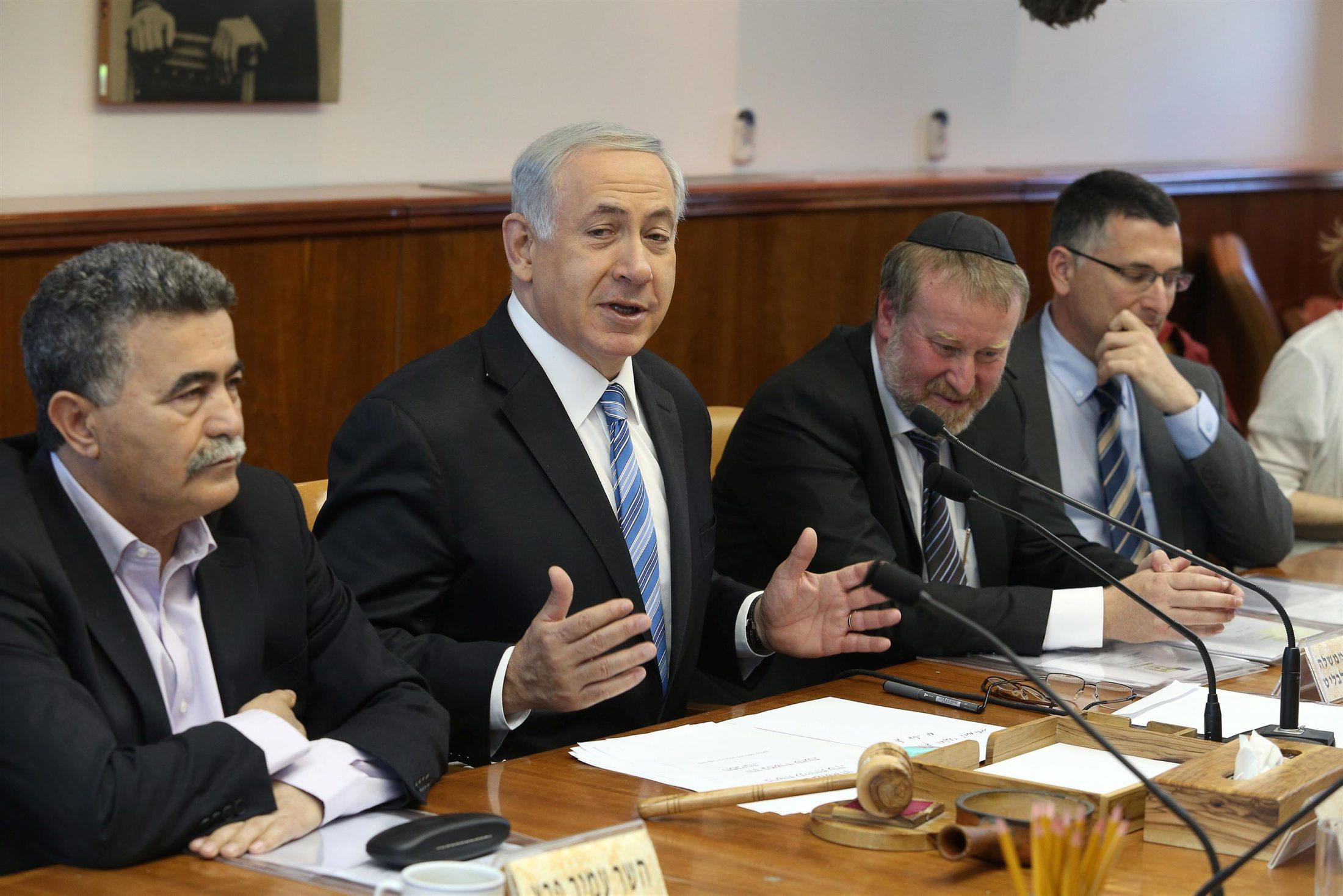 """""""إسرائيل أمام خيارات كلها سيئة """""""
