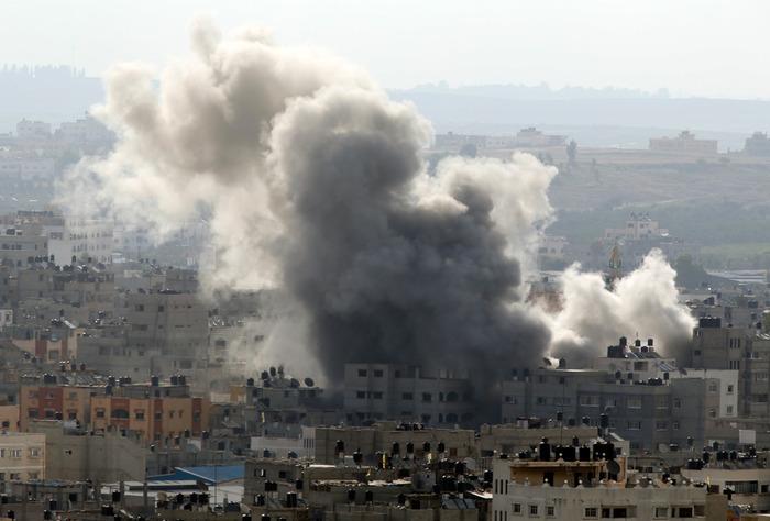 """رئيسا """"أمان"""" سابقان: رأيان متناقضان حول حماس"""