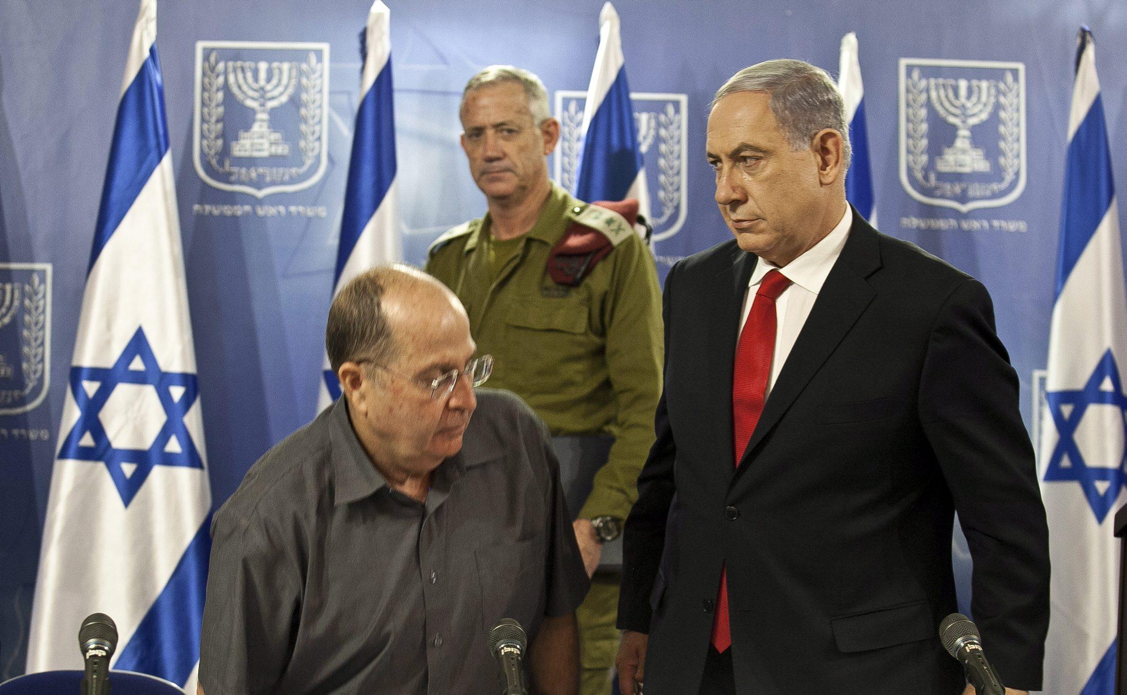 """نتانياهو يبحث عن مخرج"""