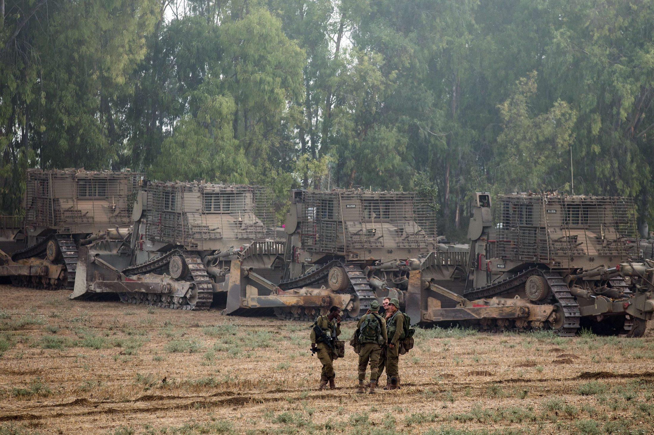 خلافات بين الحكومة والجيش في إسرائيل على خلفية العدوان على غزة