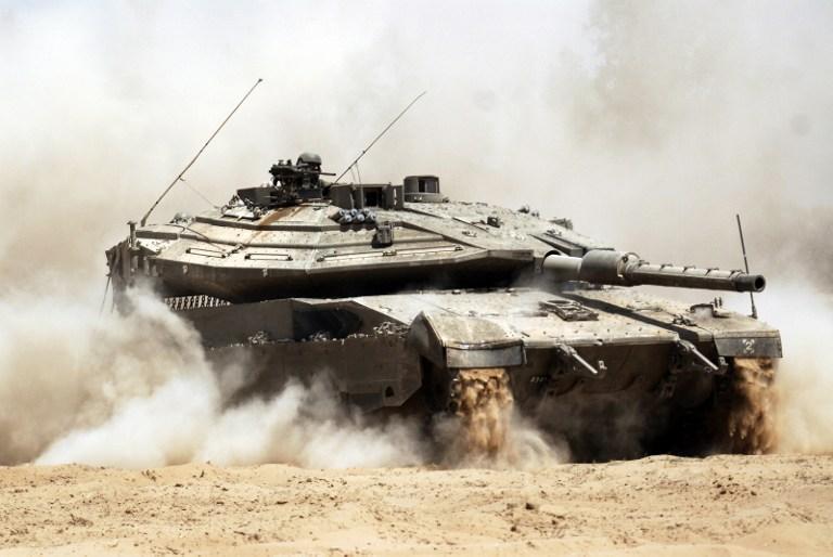 """إسرائيل تقيم """"حزام أمن"""" لمقايضة حماس بوقف إطلاق النار"""