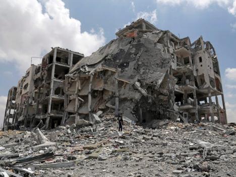 محلل إسرائيلي: الحرب لم تحسم والاتفاق سيقود إلى كسر الحصار