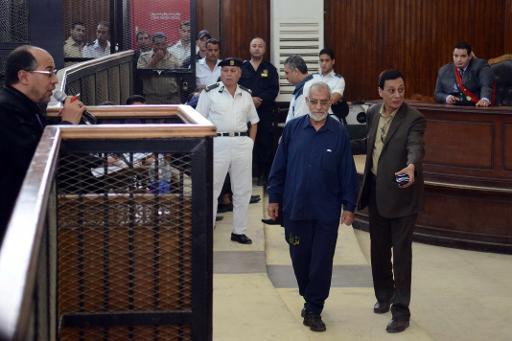 القضاء المصري يحل حزب الإخوان المسلمين ويقصي الجماعة من المشهد السياسي