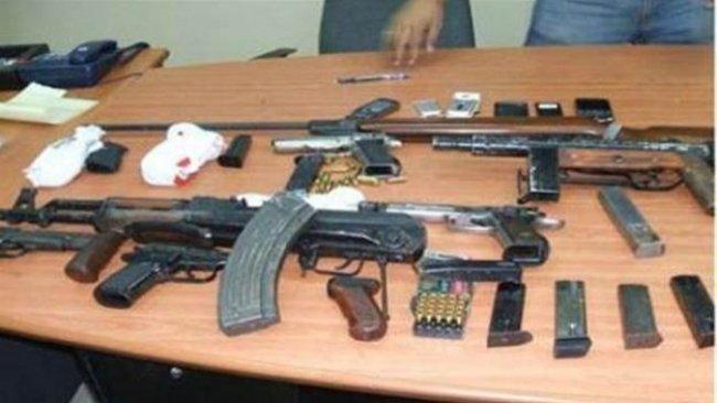 الشرطة تغطي على تقاعسها بضبط أسلحة ومكافحة الرصاص بالأعراس
