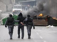 مصير العملاء: إسرائيل تتنكر لعميل لها وتلقي به إلى الشارع