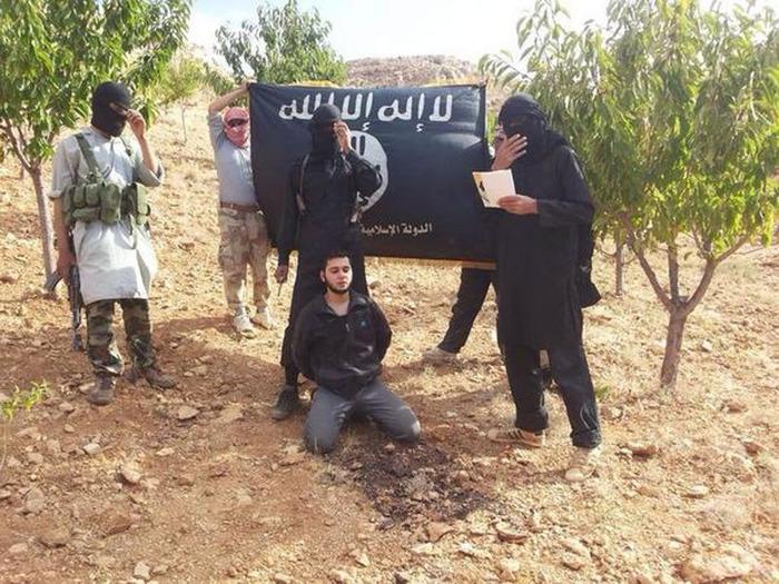 """دبلوماسي أوروبي: دول عربية تتبادل معلومات استخبارية مع إسرائيل حول """"داعش"""""""