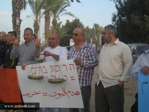 اللجان الشعبية في قلنسوة والطيبة تستعد لمظاهرة تضامنية مع أصحاب المنازل المهددة بالهدم
